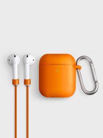 Uniq Vencer Silicone Hang Case (AirPods, Burnt Orange)